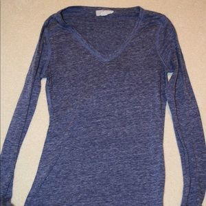 F21 Long Sleeve V Neck Top